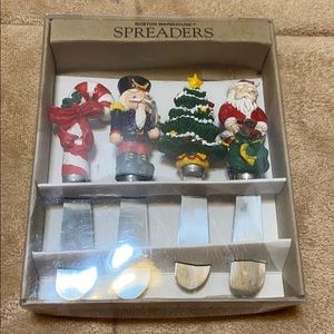 Boston Warehouse set of 4 Christmas Spreaders